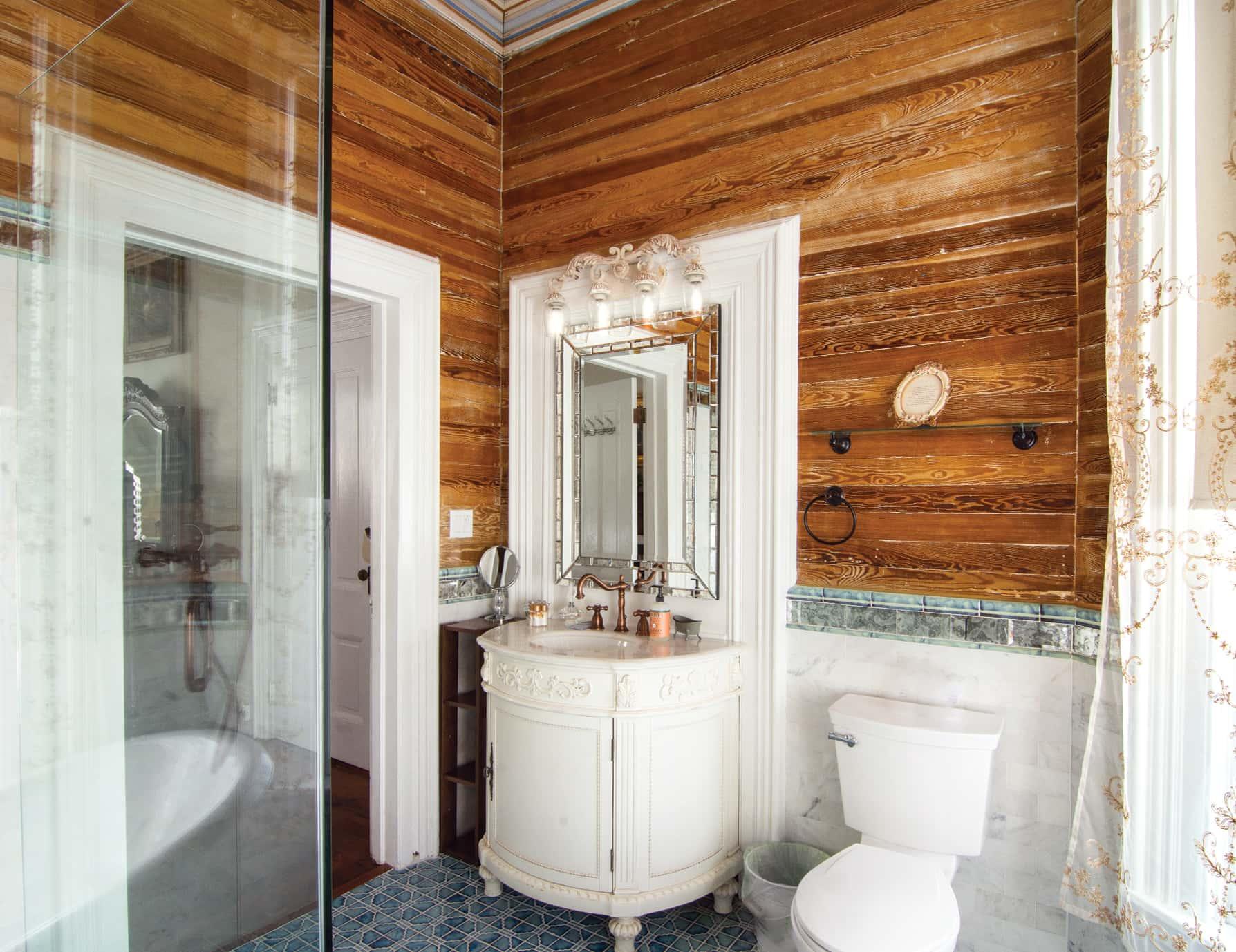 Anne Suite bath sink at our Key West, FL Inn