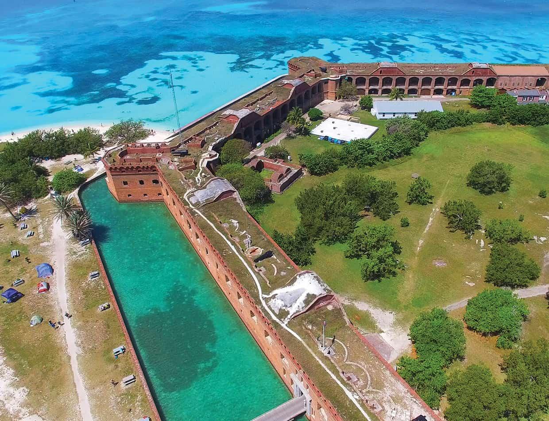 Fort Jefferson - Key West travel guide