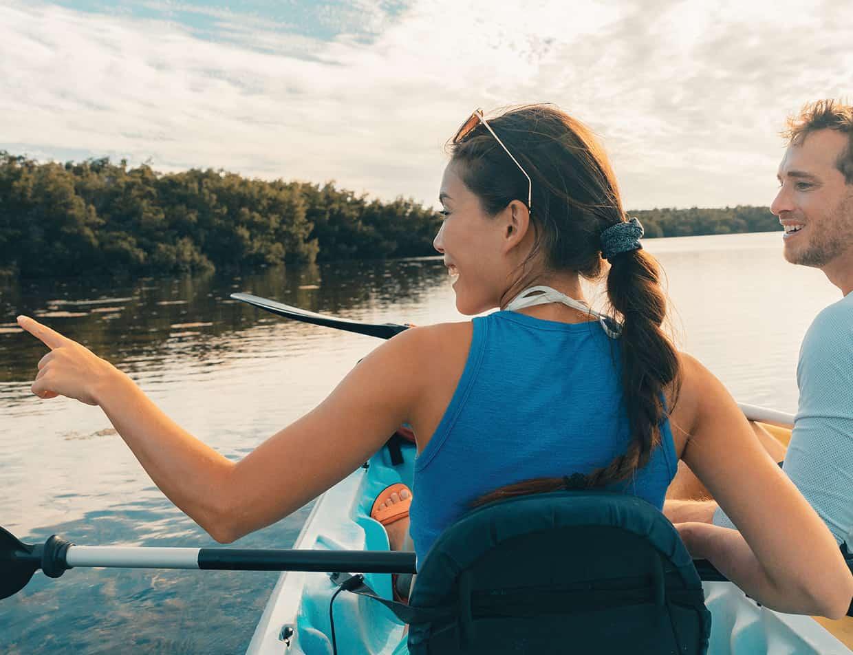 Couple kayaking - Key West travel guide