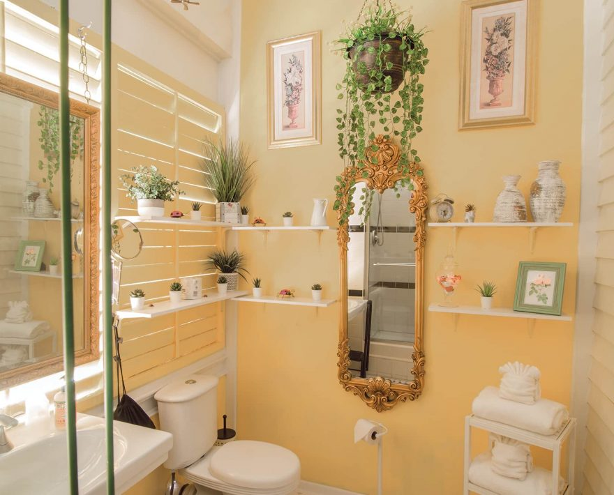 Turret Suite Bath