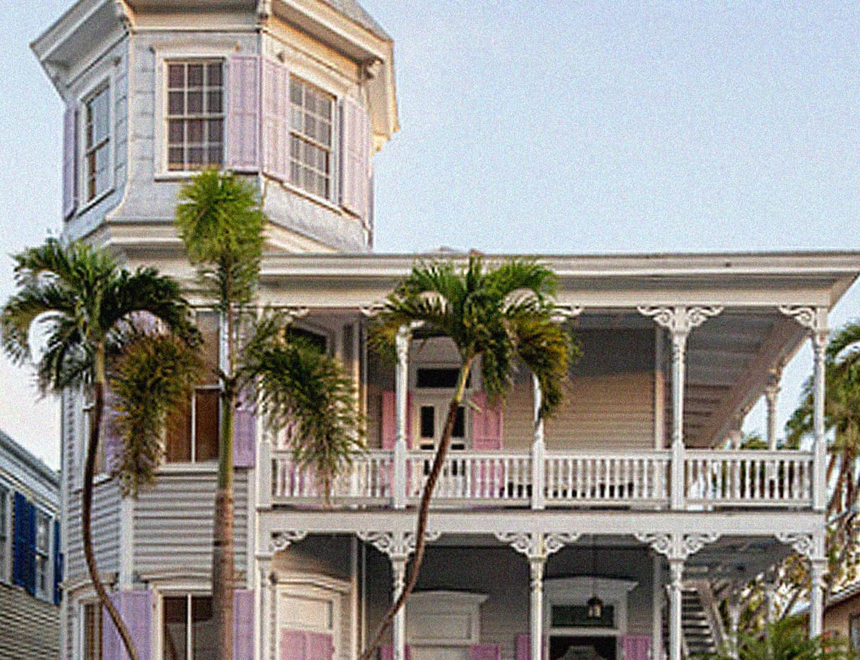 exterior of our Key West inn